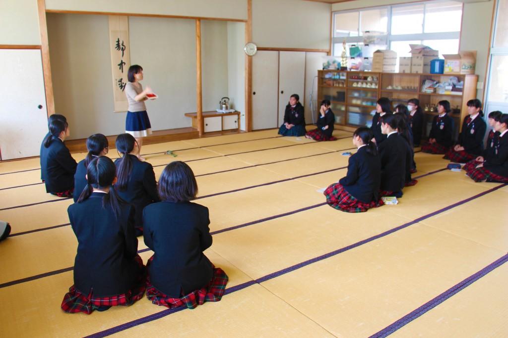 茶道社。慢慢體驗日本文化茶道之美、和菓子之美。