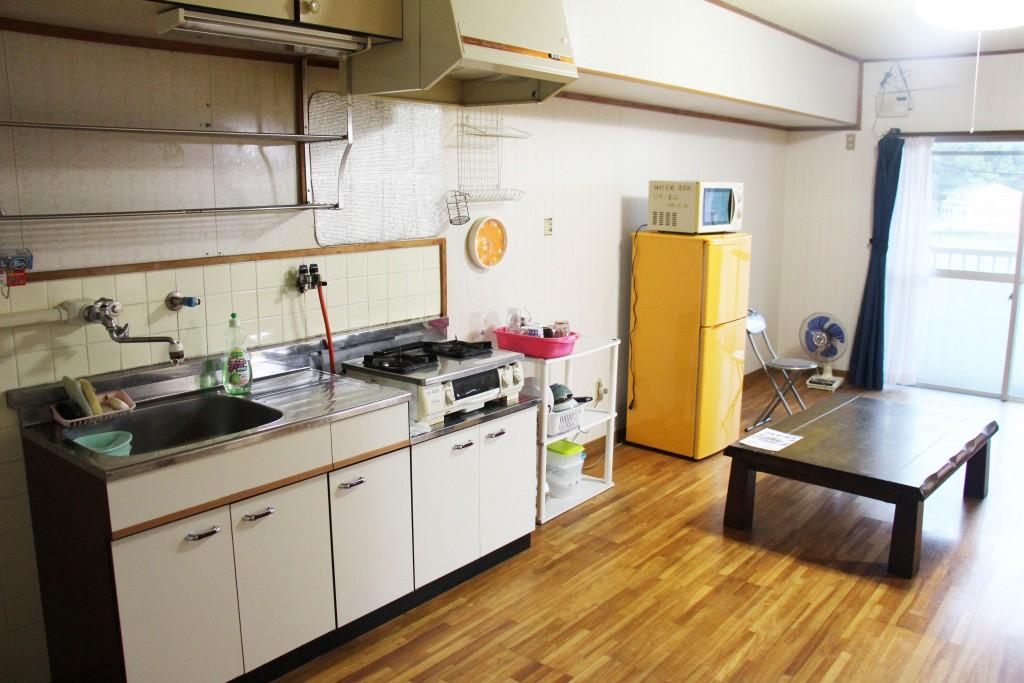這裡有前輩留下來的鍋碗瓢盆,因此可以少買一些器材。