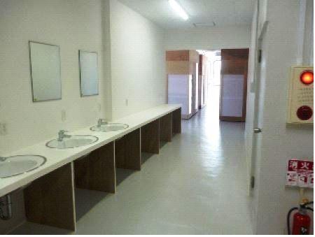 3樓共用浴室和淋浴間