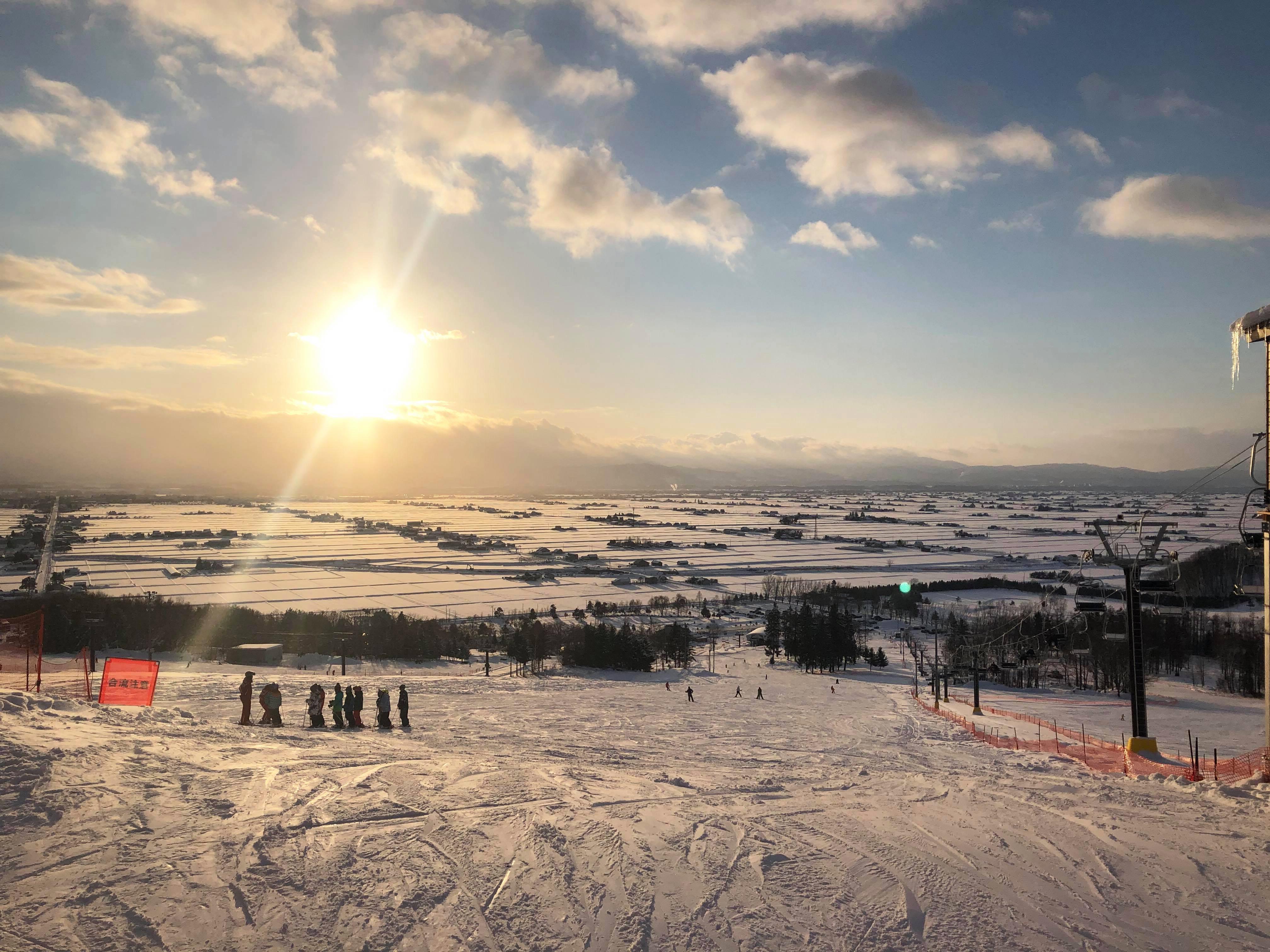 東川町滑雪去!初心者也能安心服用的Canmore滑雪場